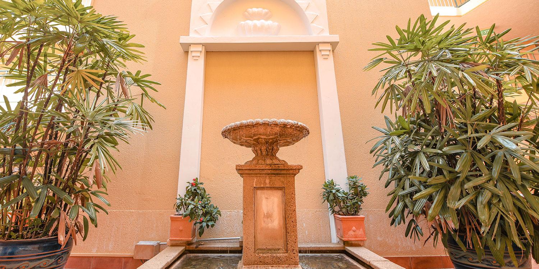il-palazzo-fountain   il Palazzo